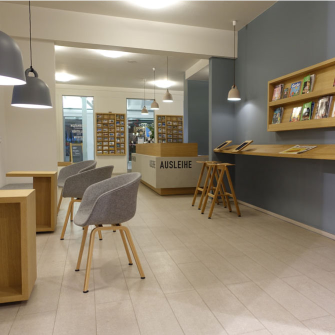 Interior Design – Bibliothek in Binz